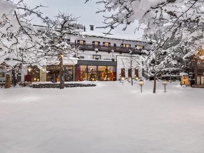 Der Gastgarten im Wintermantel